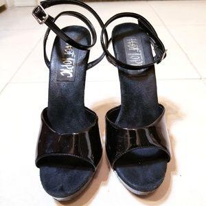 "Hot Topic Black Platform Stiletto Heels 5"""